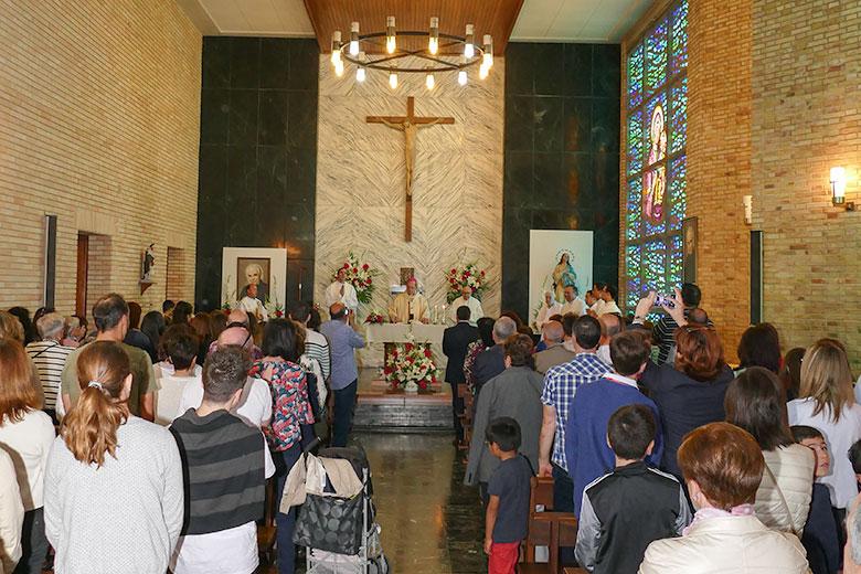 Instalaciones - capilla. Colegio Mater Dei, Ayegui - Estella