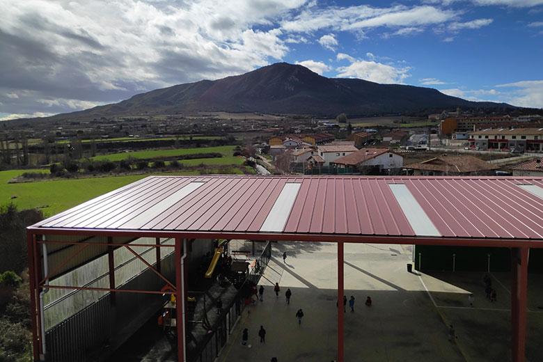 Instalaciones - Entorno natural. Colegio Mater Dei, Ayegui - Estella